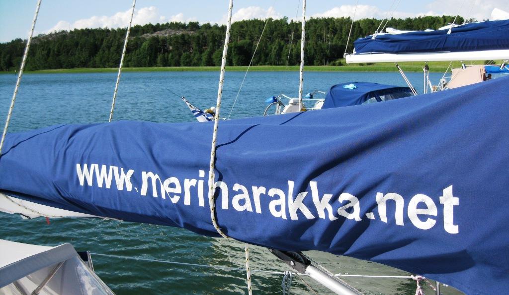 Meriharakka.net puomipeitteessä