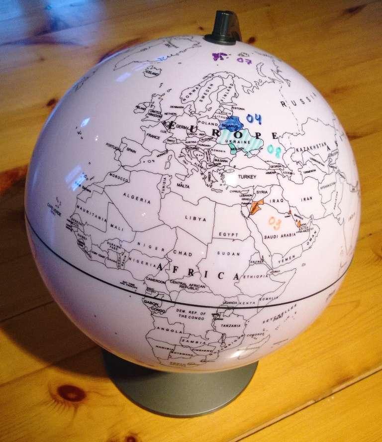 Väritettävä karttapallo