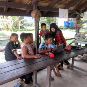 Kinabatangan river village