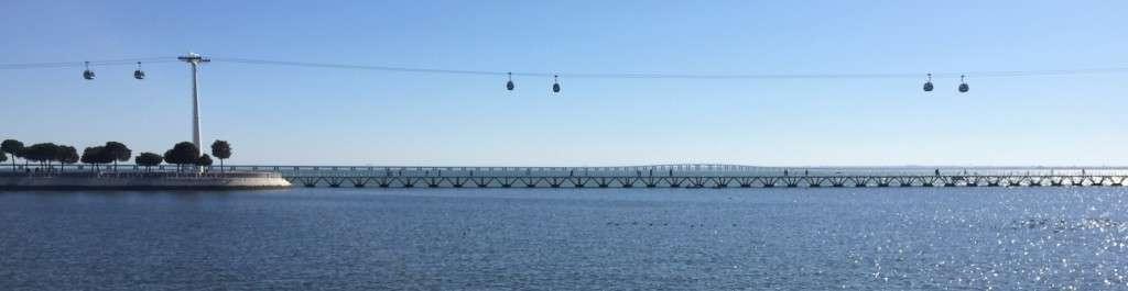 Vasco da Gaman silta ja Telecabina Lissabon Portugal