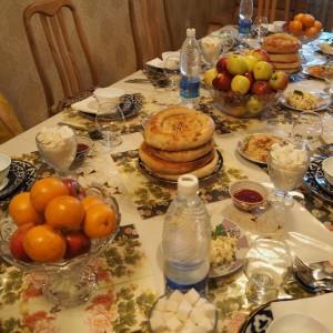 Kirgiisialainen ruokapöytä