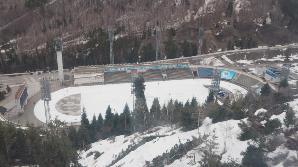 Almaty Medeu skating ring luistinrata