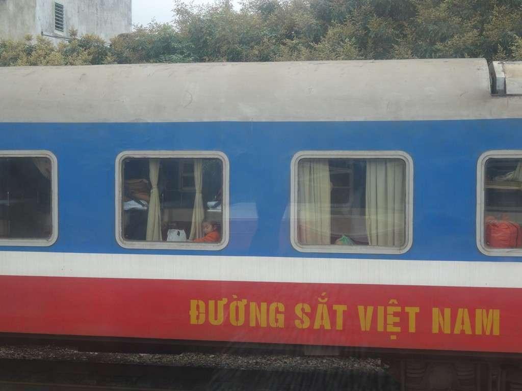 Juna Vietnam
