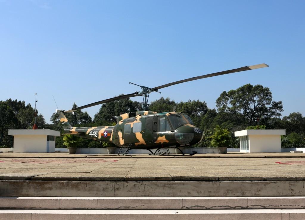 Presidentinlinna HCMC helikopteri kattoterassilla