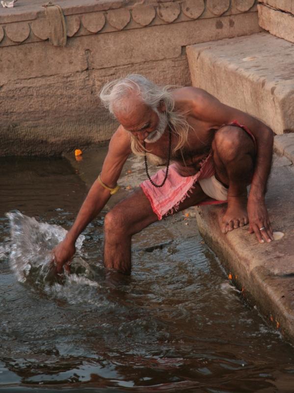 Pyhä mies Varanasi