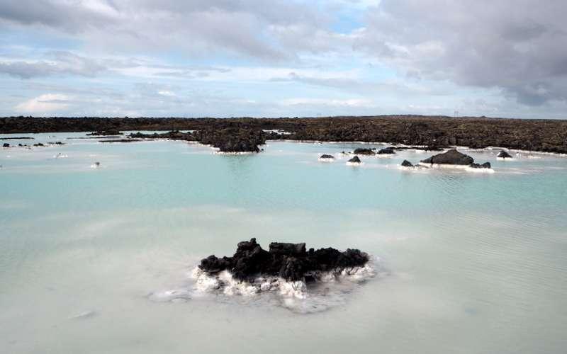 Luontoa Blue Lagoonin ympäristössä