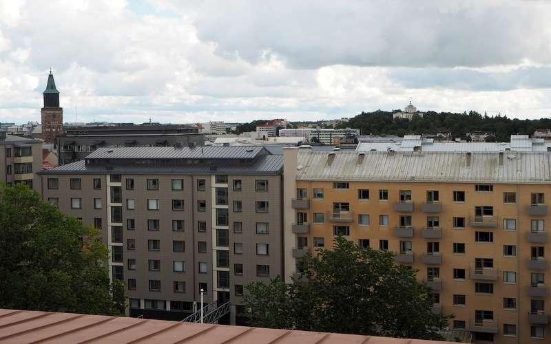 Näkymä TSYKin observatoriosta Turun kattojen yli
