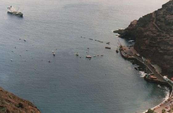 RMS St Helenan edustalla 1988