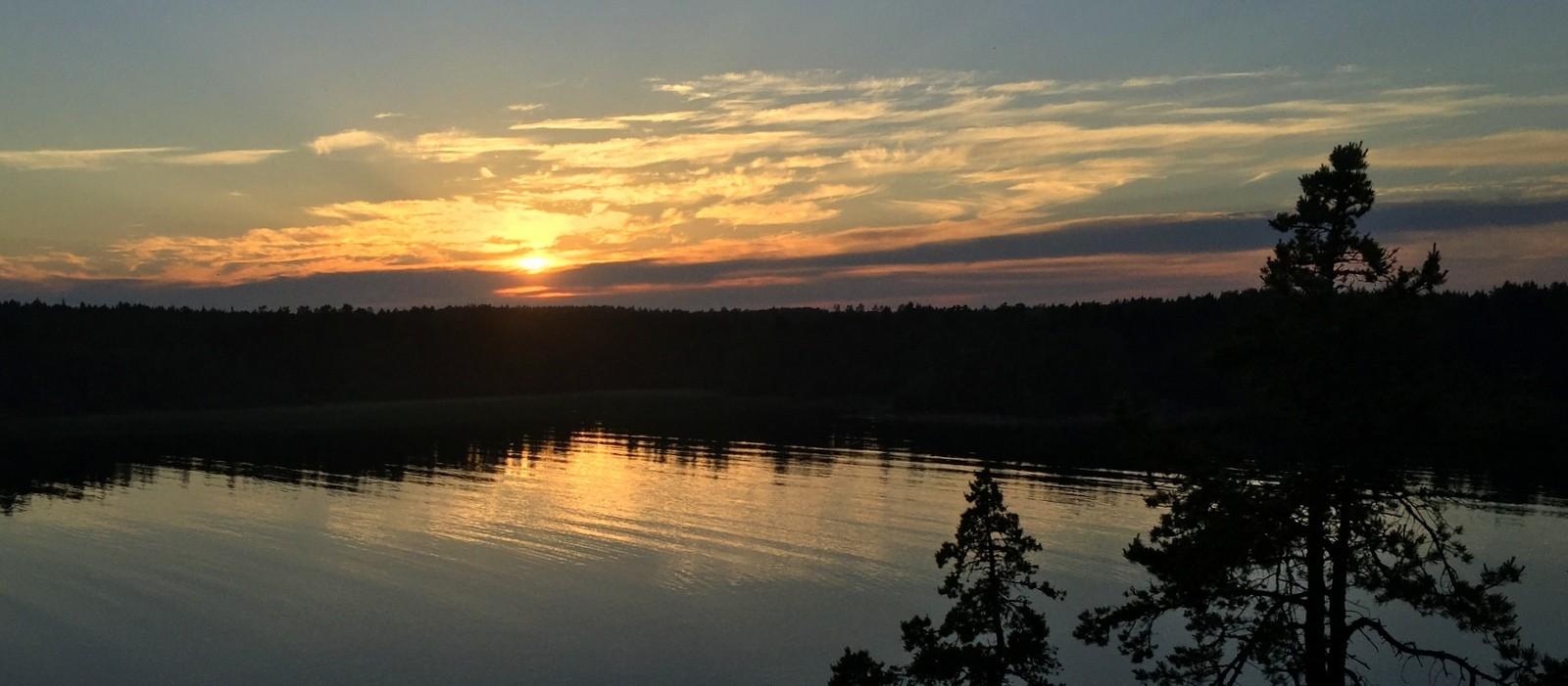 Auringonlasku Björnhufvud Eckerö