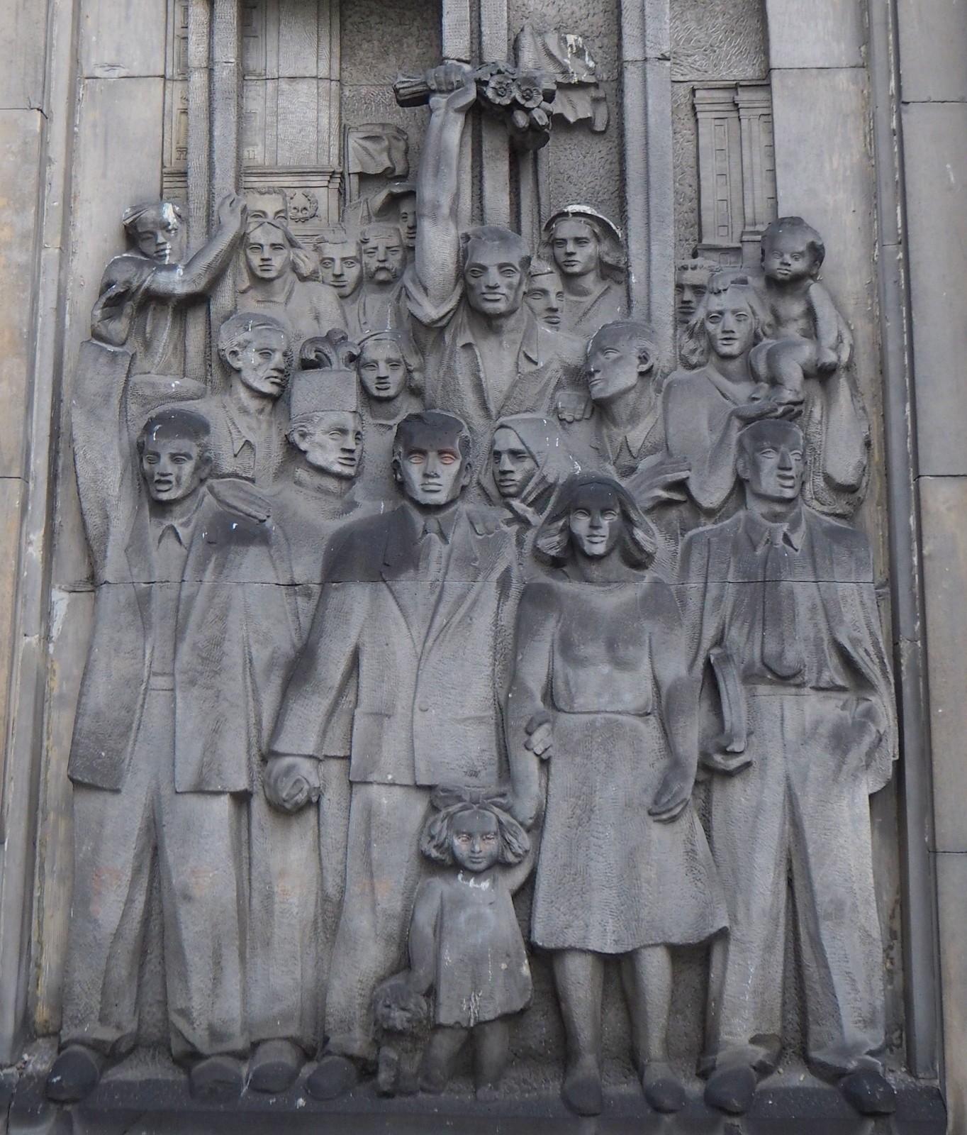 22.7.1952 reliefi Varsova