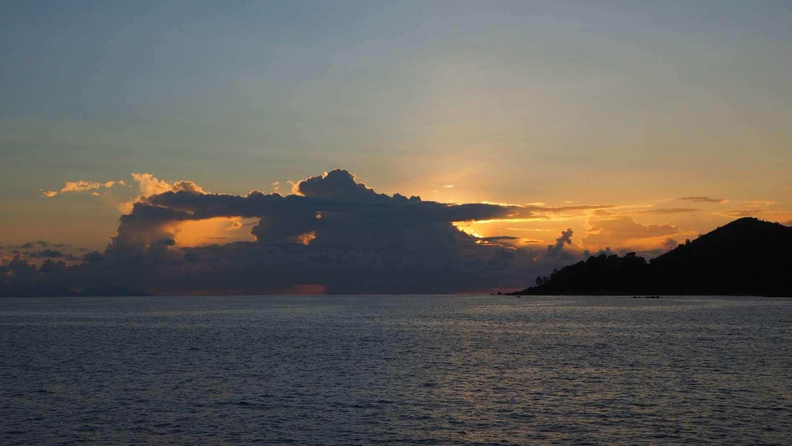 Seychellit auringonlasku