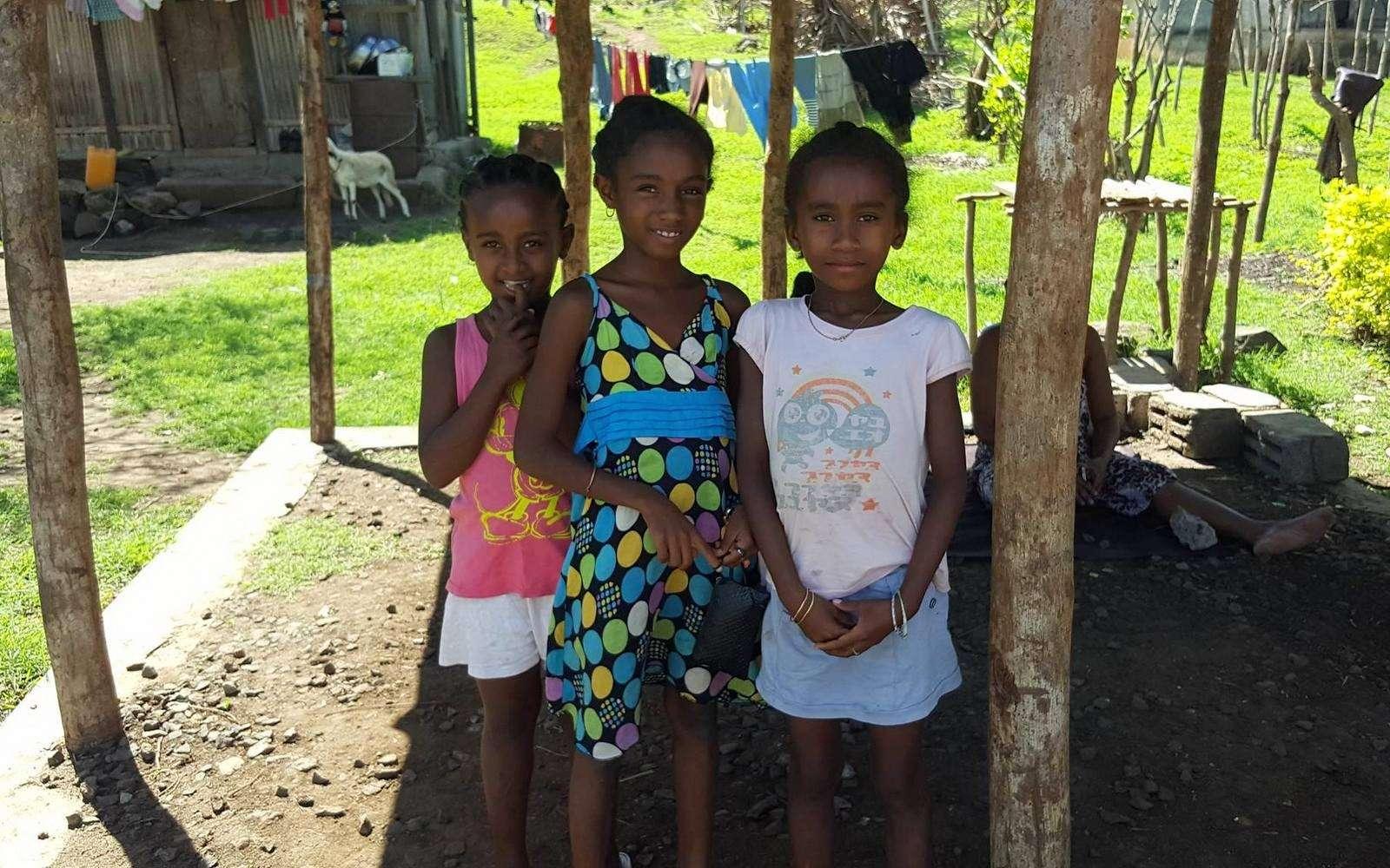 Tsingy Rouge Madagaskar kyläläisiä