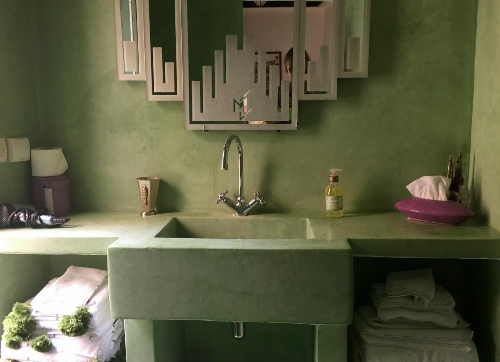 Riad Le J Marrakesh bathroom