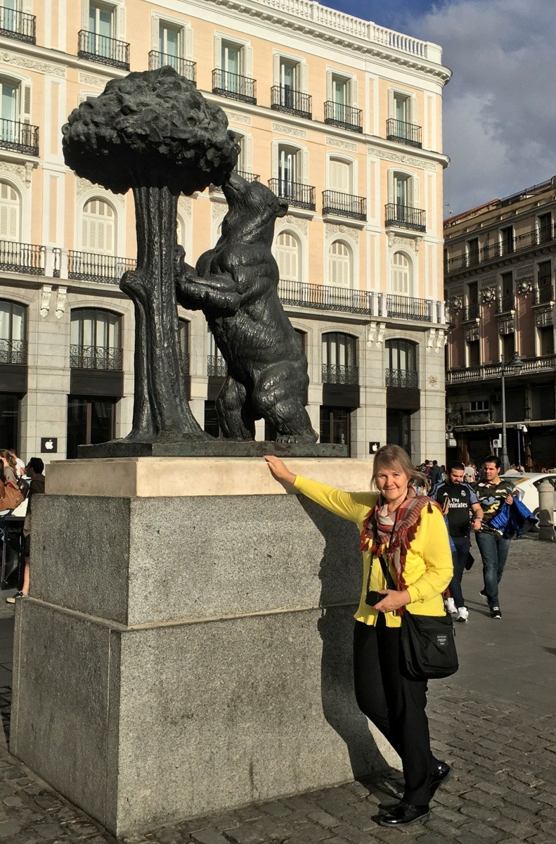 Karhu ja mansikkapuu Madrid