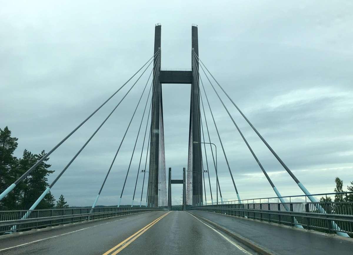 Kärkisten silta