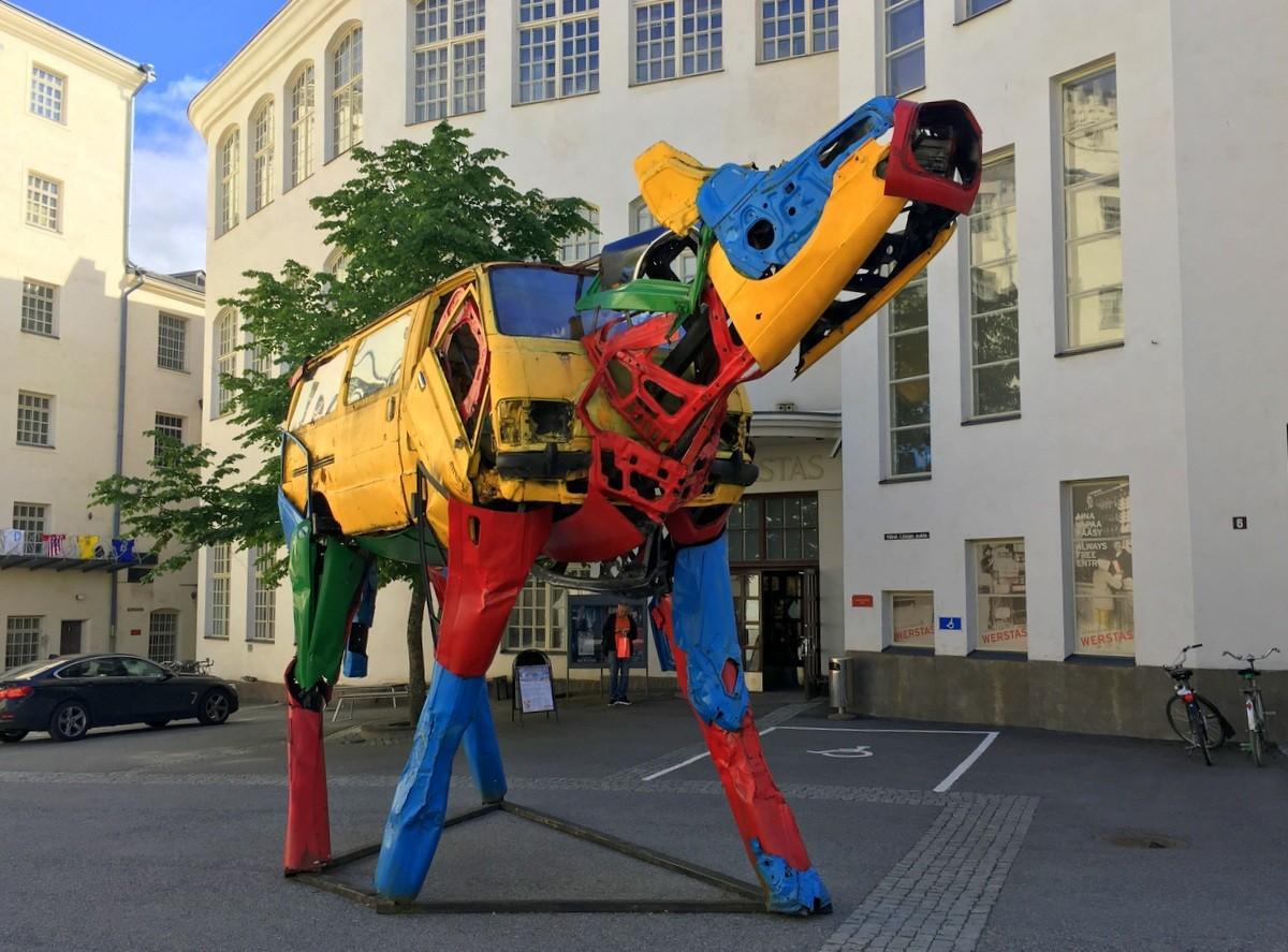 Finlayson Art Tampere lehmä Äkkijyrkkä