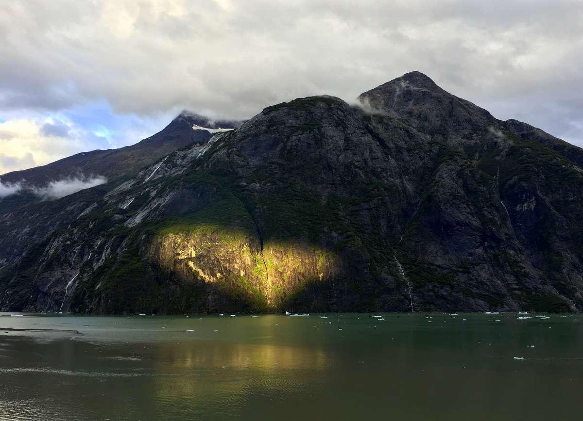 Tracy Arm -vuono Alaskassa