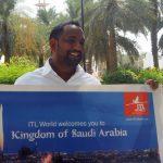 Teloituspaikalta prinssin puheille – päivä Riadissa