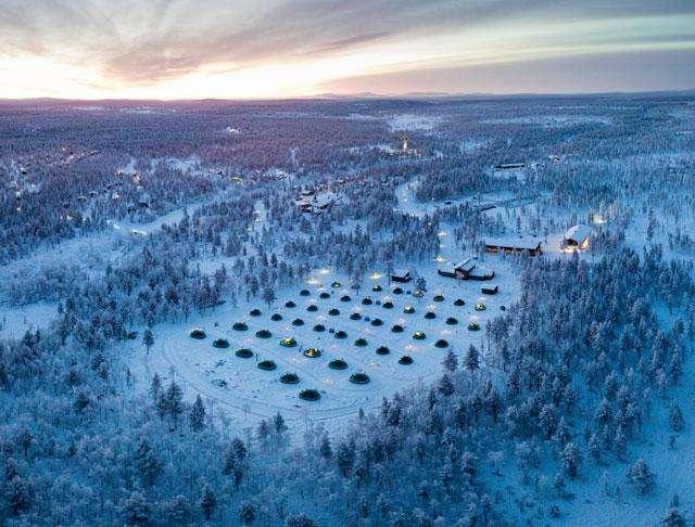 Lasi-iglut Suomessa Kakslauttanen