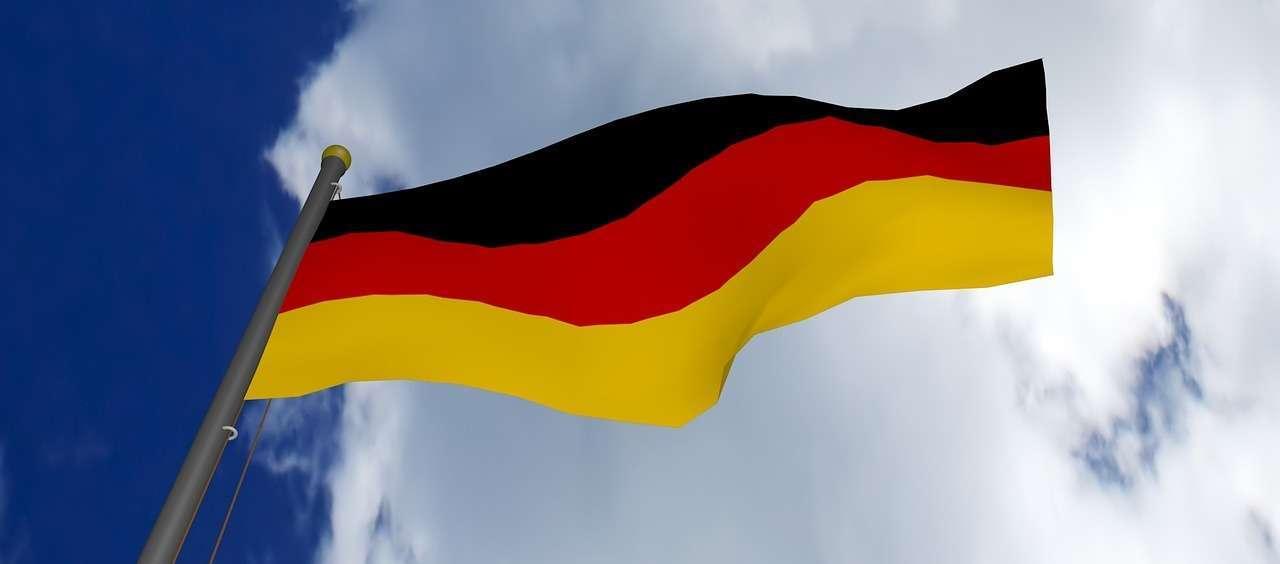 saksa feature