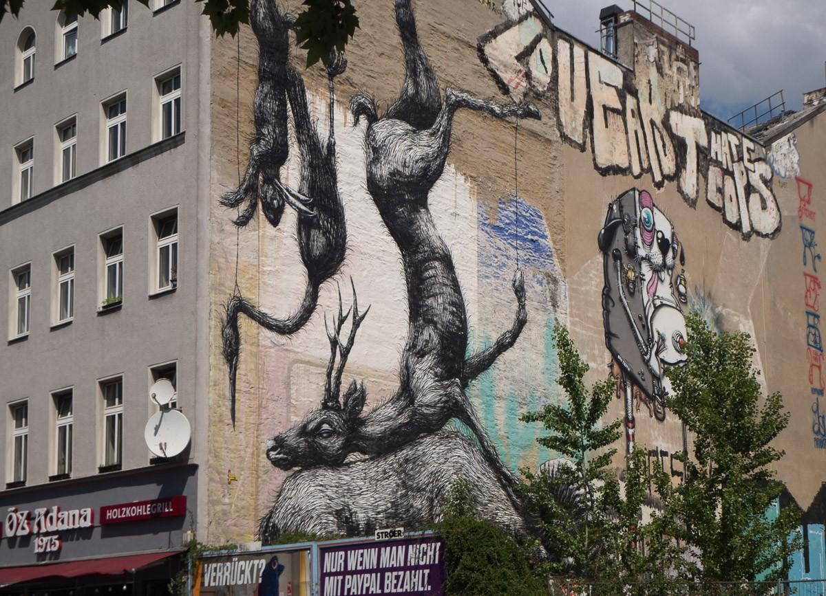 Berlin Animals Roa Street Art Kreuzberg