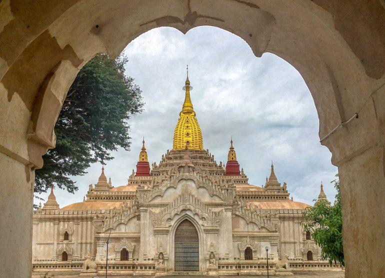 Ananda Temple Bagan Myanmar Baganin tuhannet temppelit