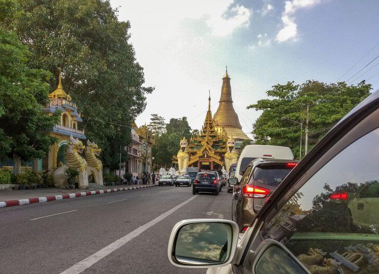 Shwedagon Yangon - tärkeimmät nähtävyydet