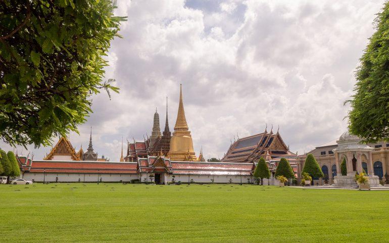 Grand Palace Bangkok - Bangkokin temppelit Chao Phraya -joen varrella