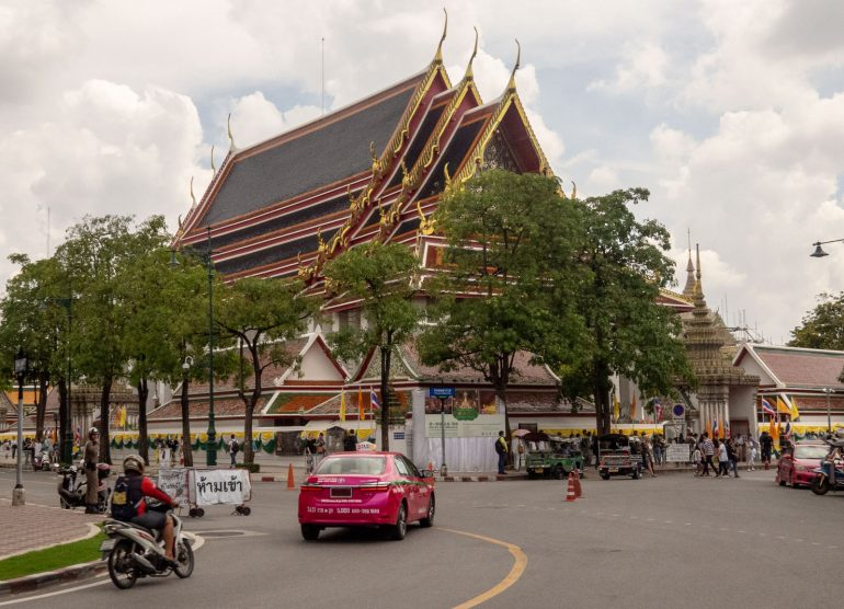 Wat Pho Bangkok - Bangkokin temppelit Chao Phraya -joen varrella