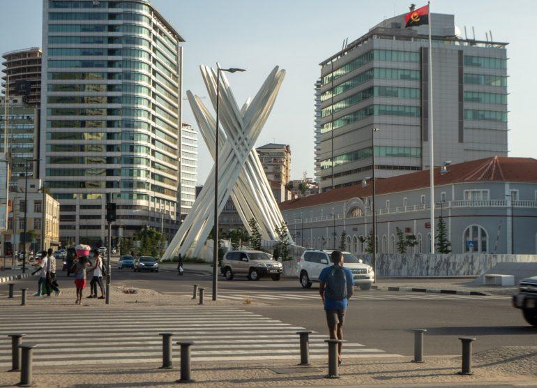 Tuntemattoman sotilaan muistomerkki Luanda