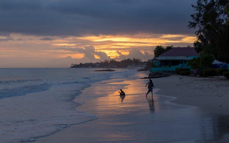 Barbados 30 parasta trooppista saarta