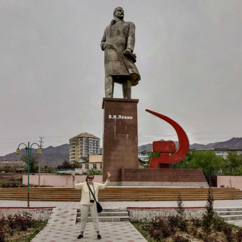 Khujand Lenin Dushanbesta Khujandiin