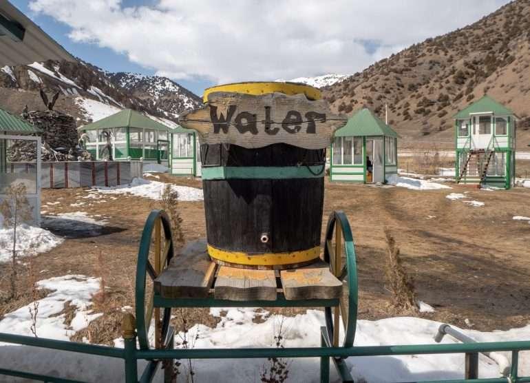 Tadzikistan vettä