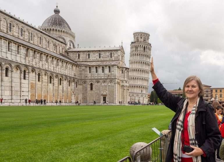 Pisa kellotorni Pisan neljä ihmettä