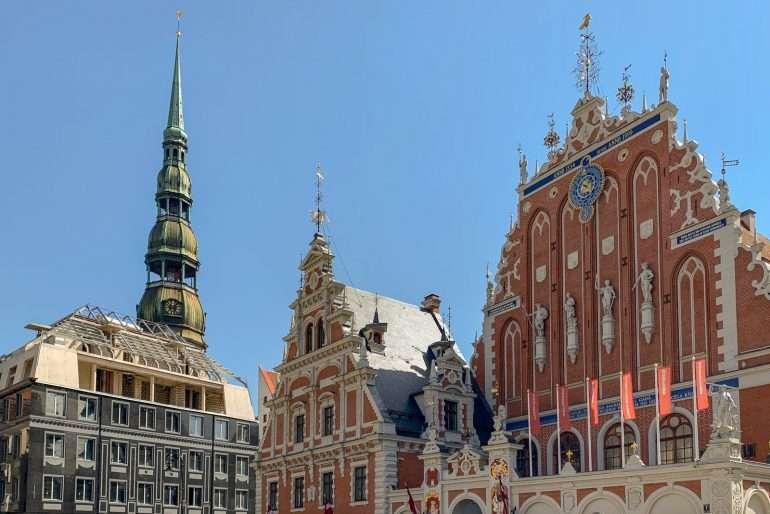 Pietarinkirkko Riika Riika nähtävyyksiä ja kahviloita