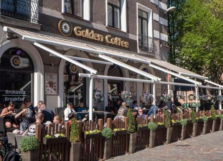 Golden cafe Riika Riika nähtävyyksiä ja kahviloita