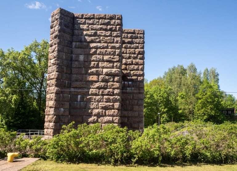 Kanavan rakentajien muistomerkki
