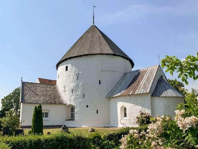 Nylars Church Bornholm kirkot ja majakat