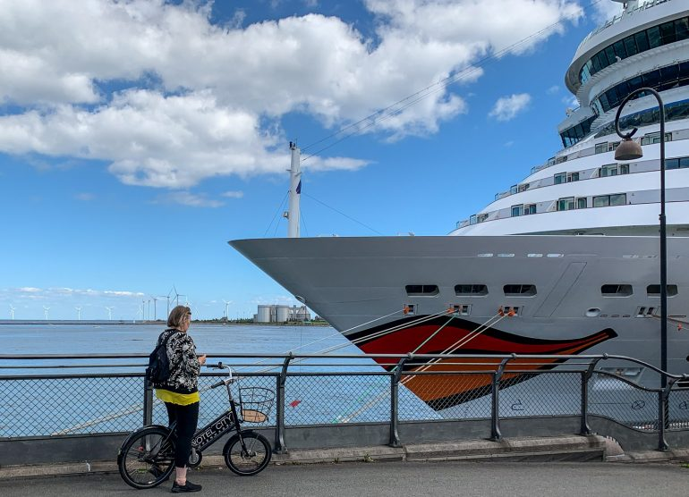 Risteilylaituri Kööpenhamina Kööpenhaminaa pyöräillen