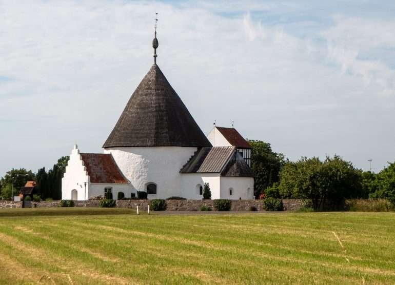 Nyker Church Bornholm kirkot ja majakat