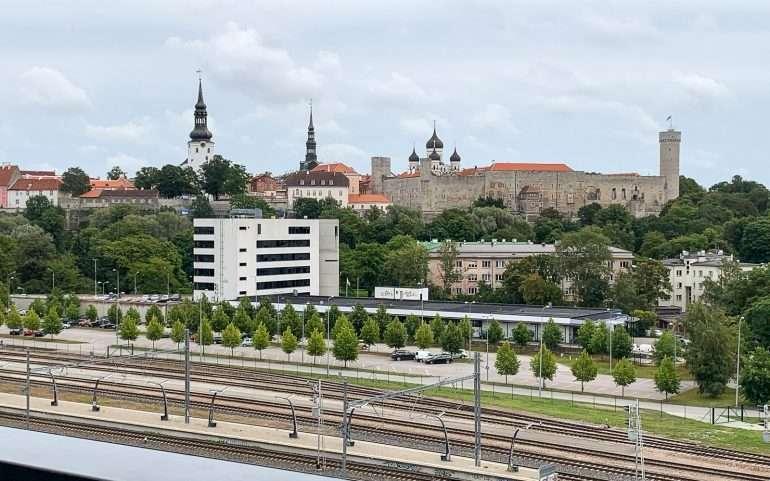 Tallinnan kaupunki museon ravintolan terassilta