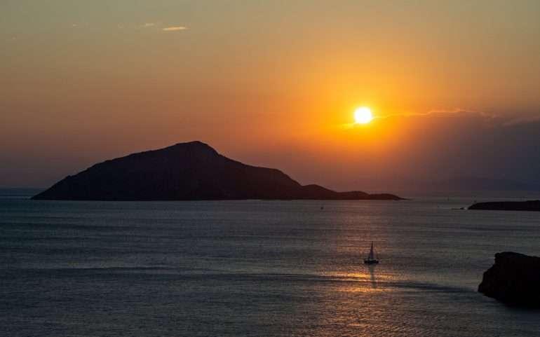 Cape Sounion auringonlasku