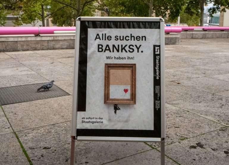Banksy Love is in the Bin Stuttgart