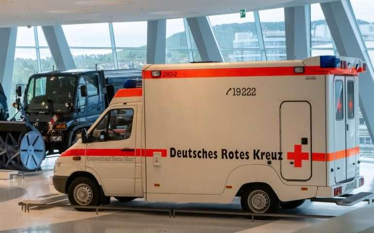 Ambulanssi automuseossa Stuttgartt