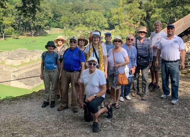 Ryhmämme Akropolilla