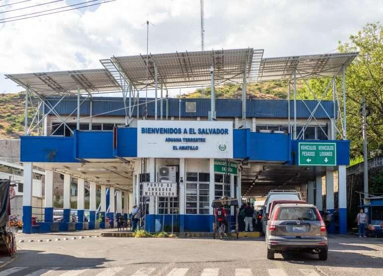El Salvadorin rajalla