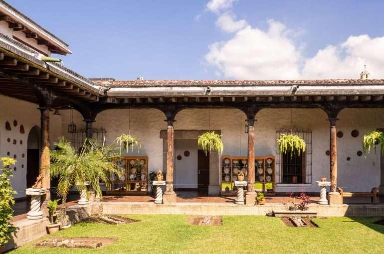 Antigua feature