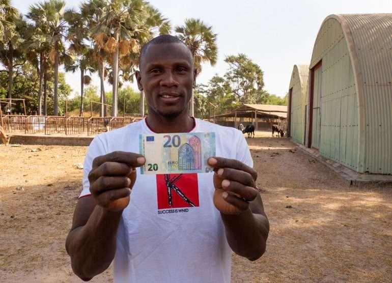Linturetkellä Gambiassa