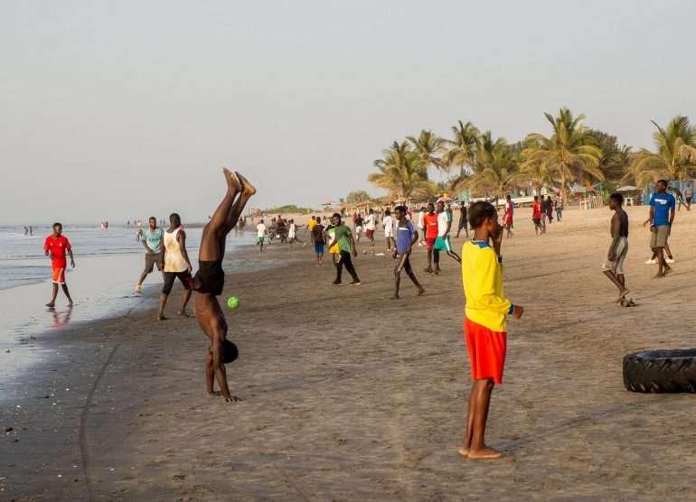 Rannalla Gambiassa