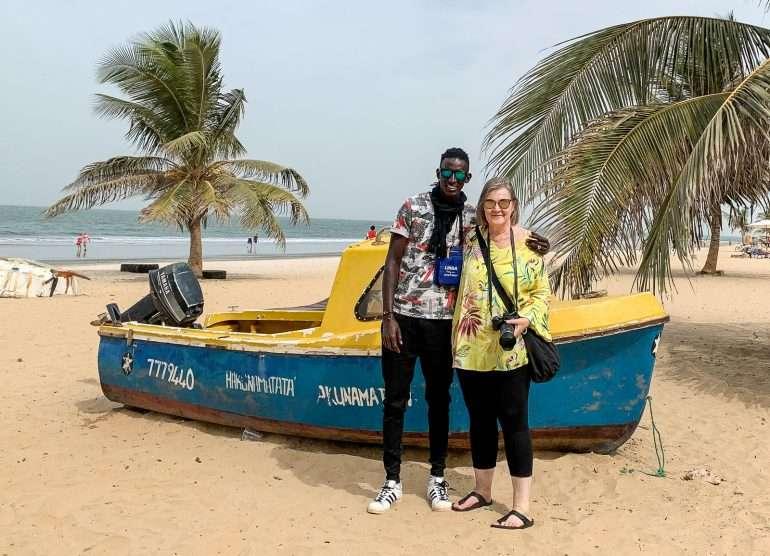 Gambia rannalla